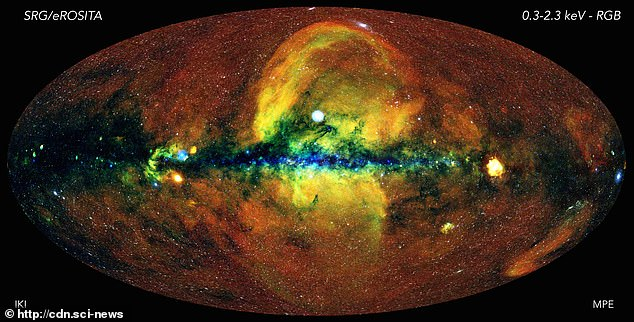 The mystery at the heart of the Milky Way galaxy: Years later astronomers hide above the clouds in the center of the galaxy