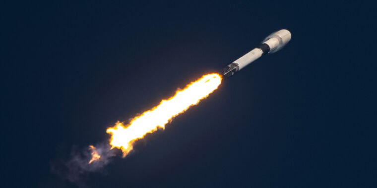 With the latest launch of Starlink, SpaceX sets a record for rapid reuse